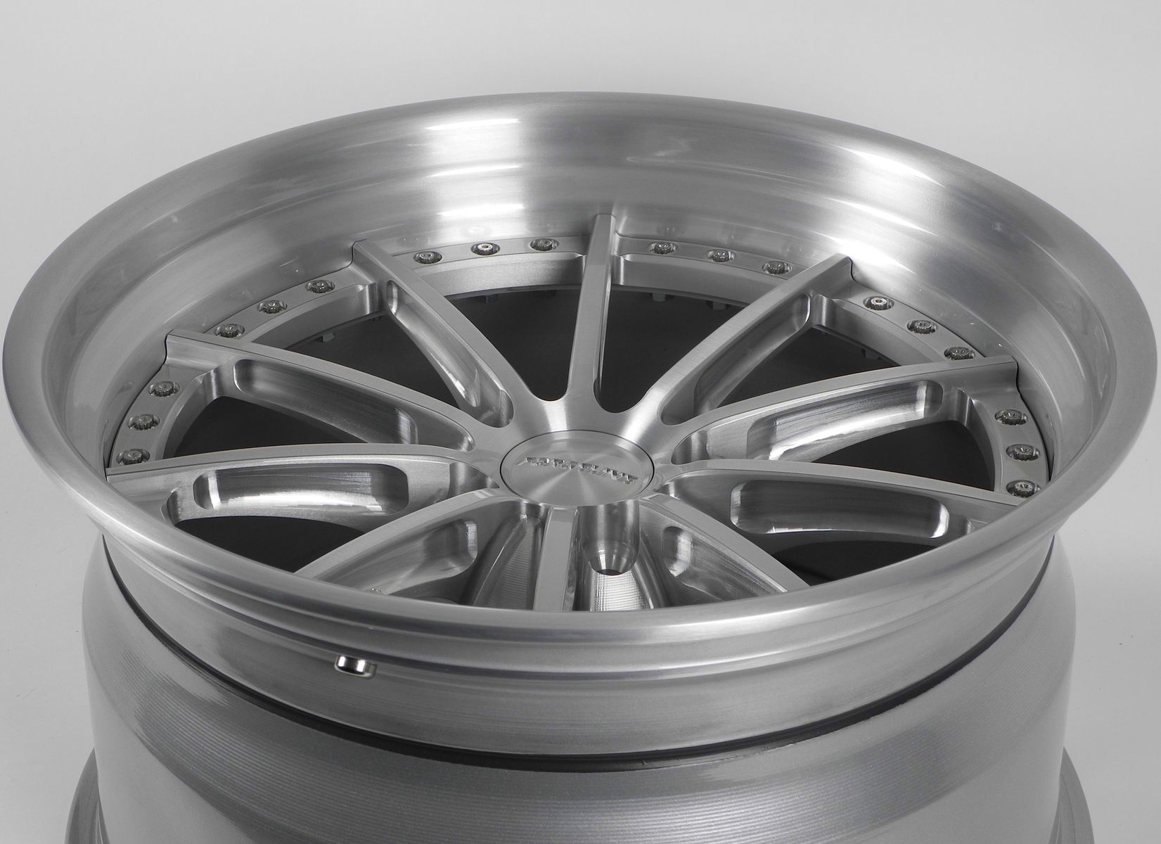 | Forgeline GT3C Concave Wheel in Brushed & High-Gloss Clear Coat Finish