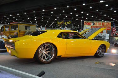 "1968 Chevrolet Camaro | Bonnell's Rod Shop ""Impulse"" '68 Camaro on Grip Equipped Grudge Wheels at 2016 Detroit Autorama"
