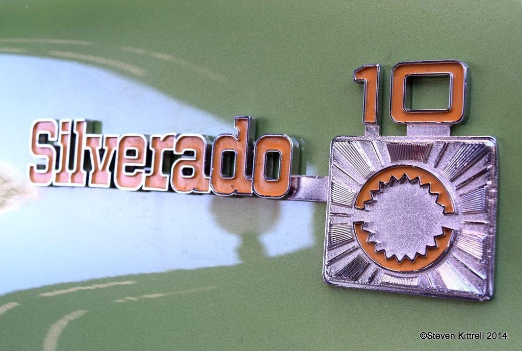 | Silverado C-10 Badge